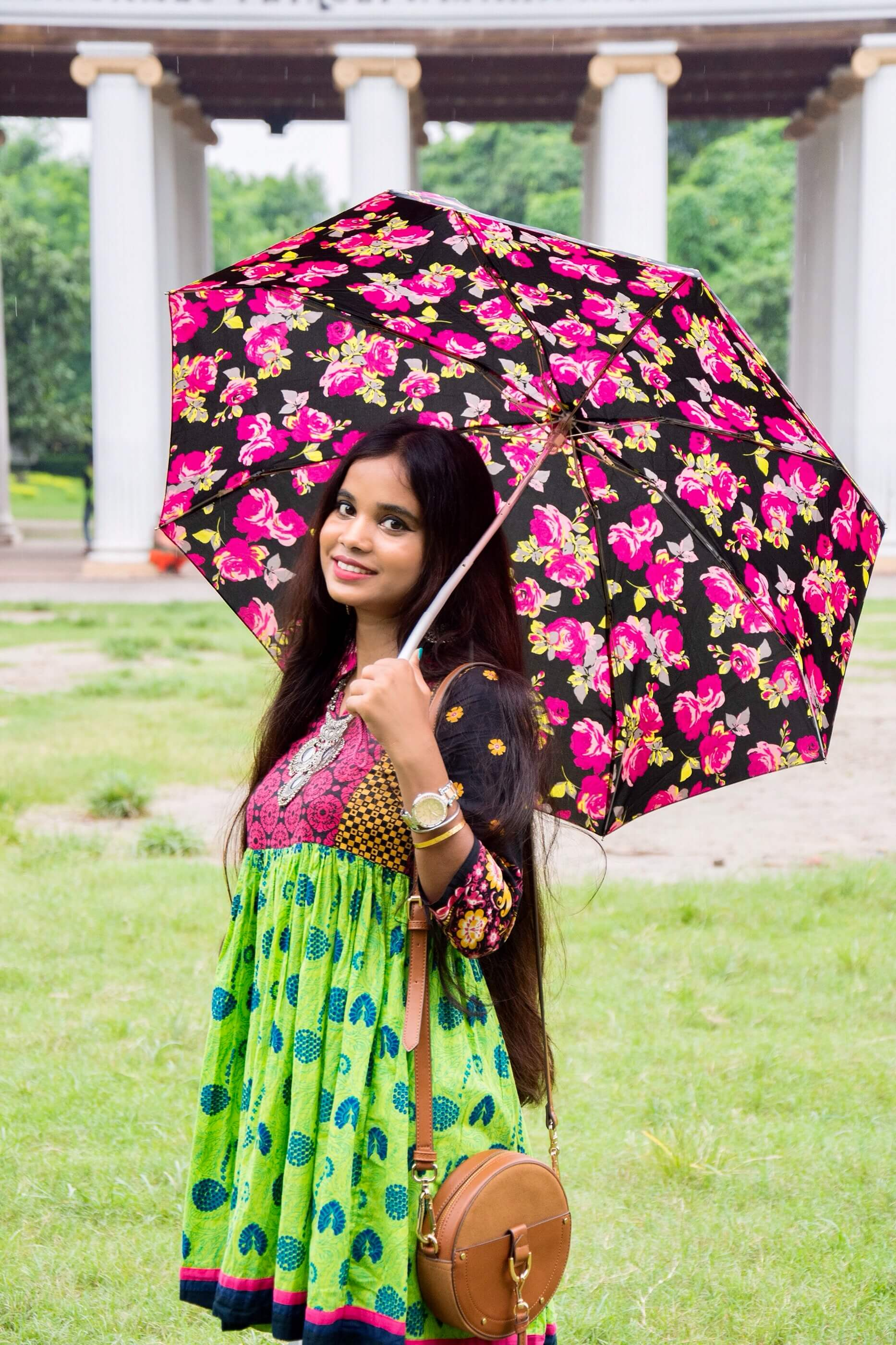 monsoon style : tips for rainy season