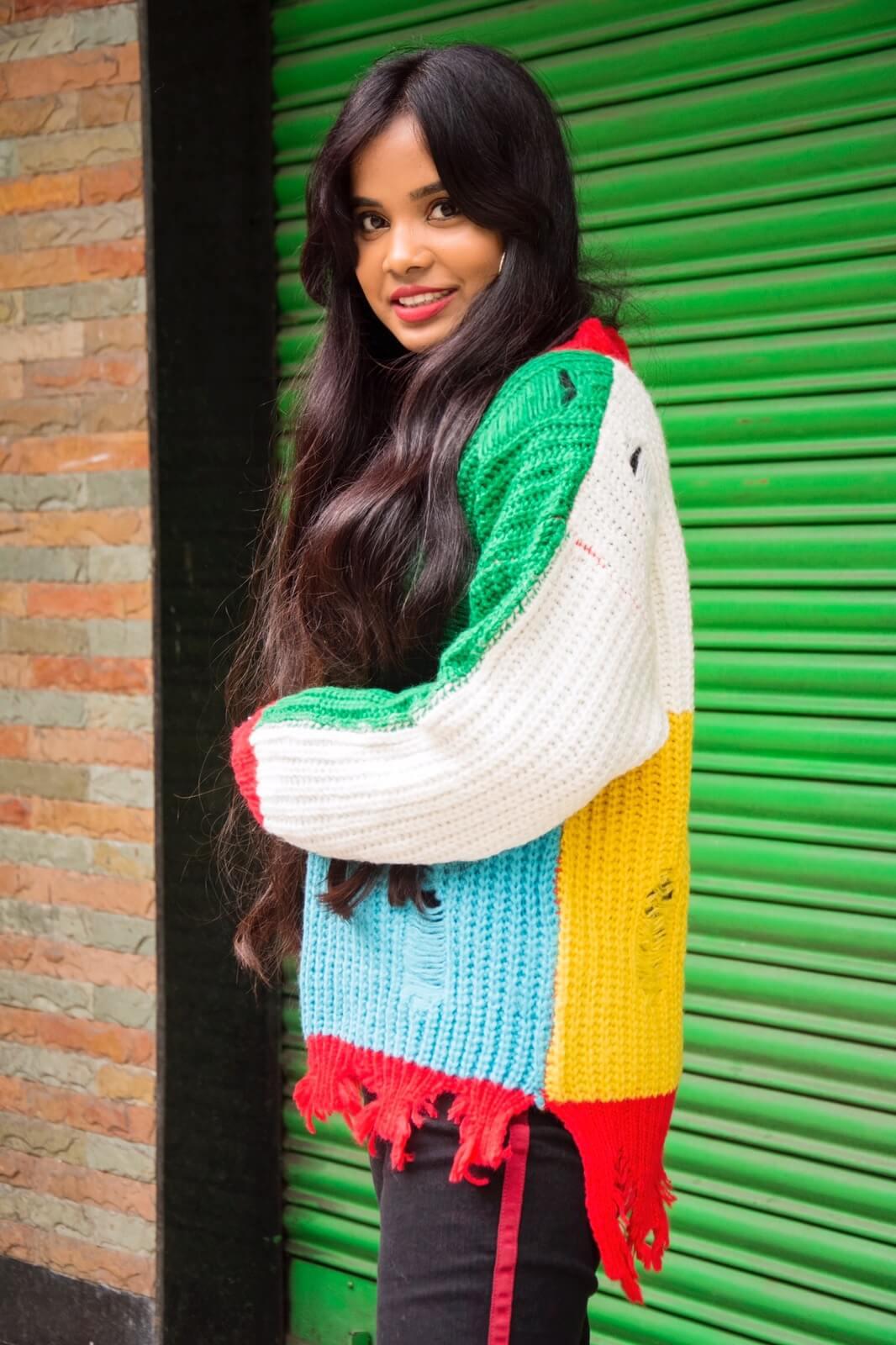 trending side stripe with jumper