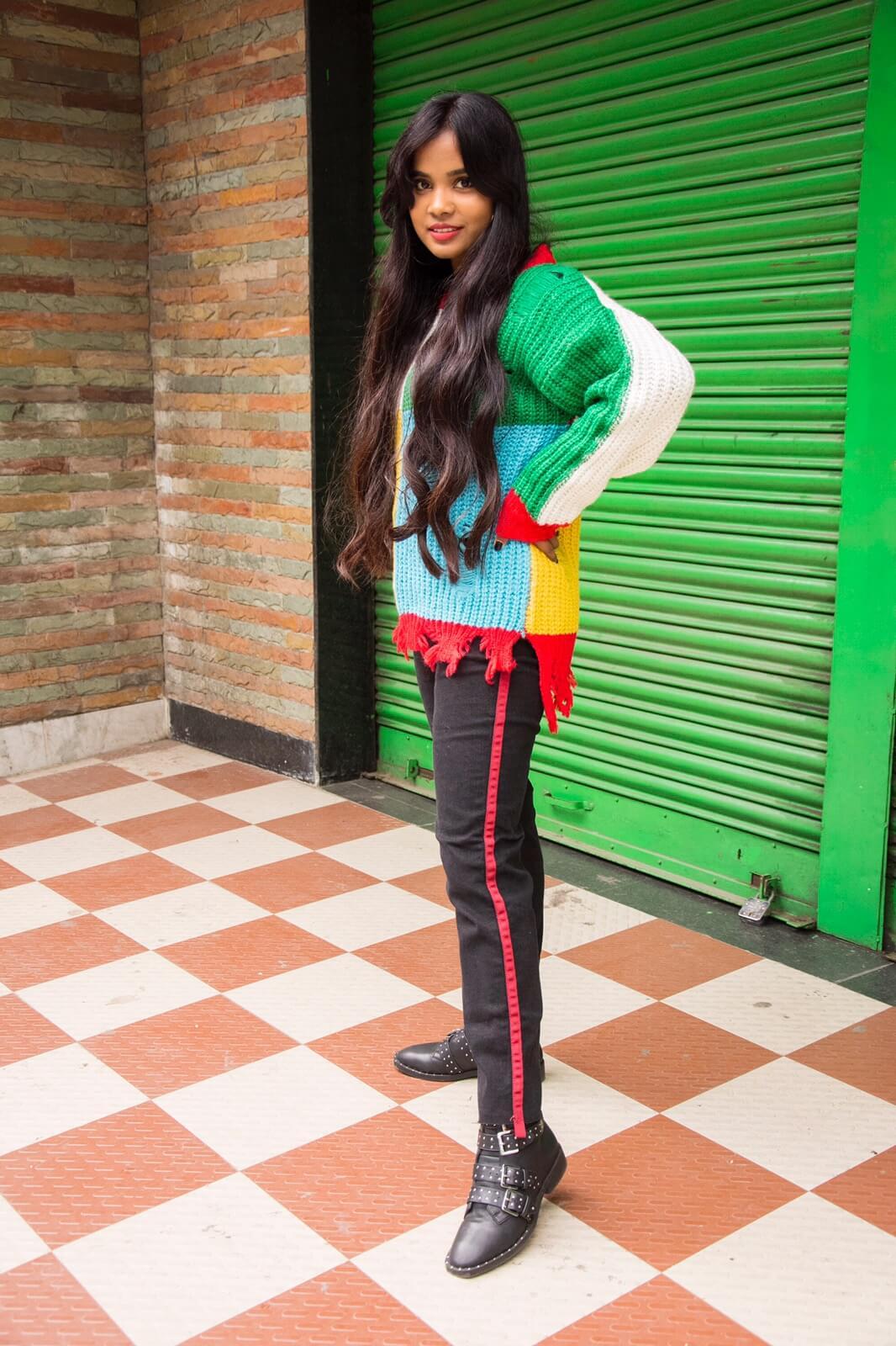 trending side stripe with multicoloured jumper